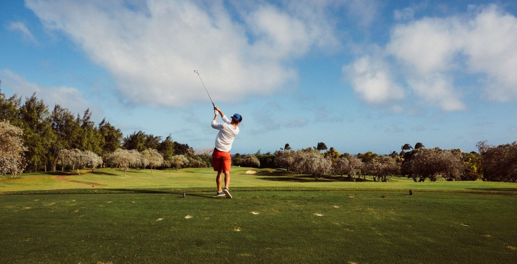 How to manage knee pain from golf